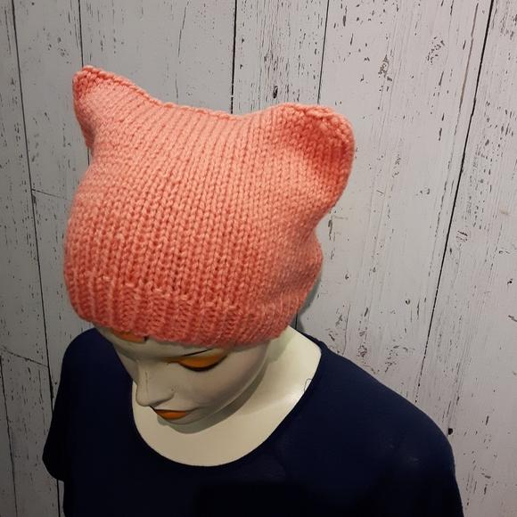 ⭐2/35$⭐Handknit cat hat light pink